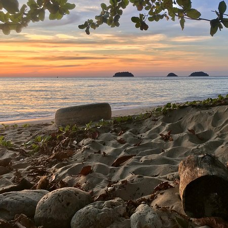 Experience a Lonely Beach, Koh Chang sunset and you'll realise right away that you have discovered a special part of the world! #lonelybeach #sunset #beachjungle #homebase #kohchang #thailand