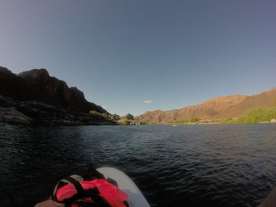 Orange River SUP & Yoga Expedition, for wild at heart women: Down the river we go