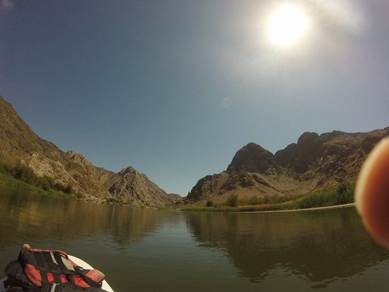 Orange River SUP & Yoga Expedition, for wild at heart women: slow is fast and fast is slow
