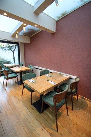 The veranda! ideal for groups.