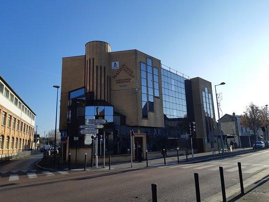 Bibliothèque Emile Aillaud