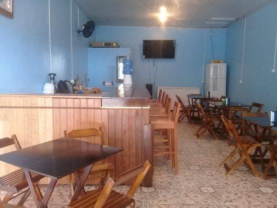 Tefe: Restaurante Havana: Salão interior