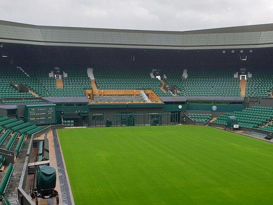 Skip the Line: Wimbledon Lawn Tennis Museum and Tour Ticket: Centre Court