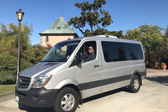 Farm Sanctuary & Vegan Wine Tour: Vegan Wine Country Tour