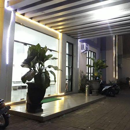#hotelwonojatimalang