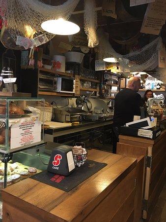 The Ae Bricoe bar