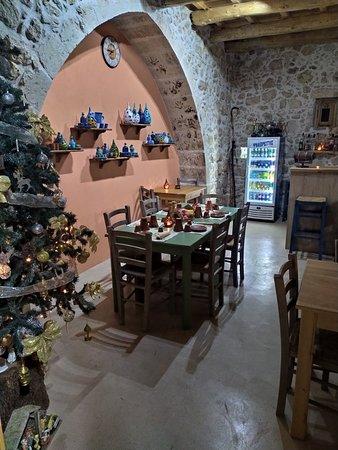 Maxis Traditional cafe andHandmade Ceramic Shop