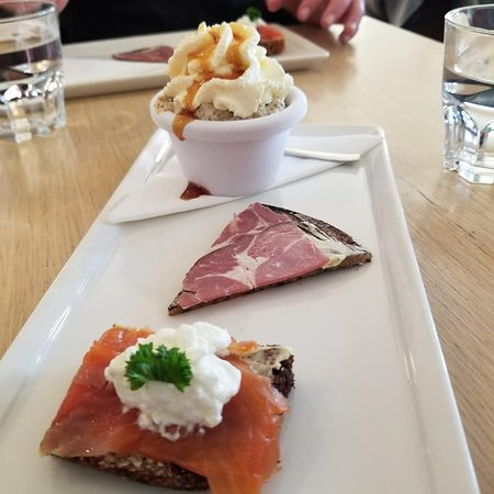 Reykjavik Food Walk: Rye bread ice cream along with smoked lamb and salmon samples