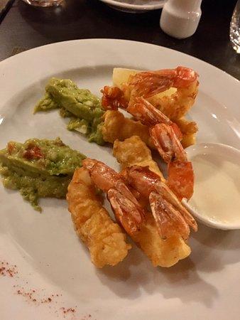 Aqva Restaurant: Tempura de langostinos con guacamole