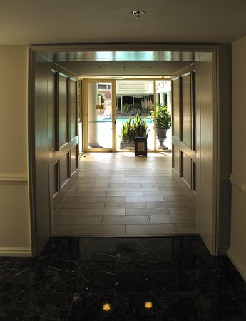 The Spa at Windsor Court, 300 Gravier St on the Fourth Floor of the Windsor Court Hotel in the Central Business District of New Orleans - With Full-service Spa, Salt Water Pool, and Fitness Center - Saltwater Rooftop Pool (on top of 3rd floor) - Entrance