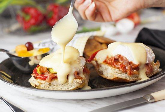 Votre Pacini Brossard sert des déjeuners tous les jours!