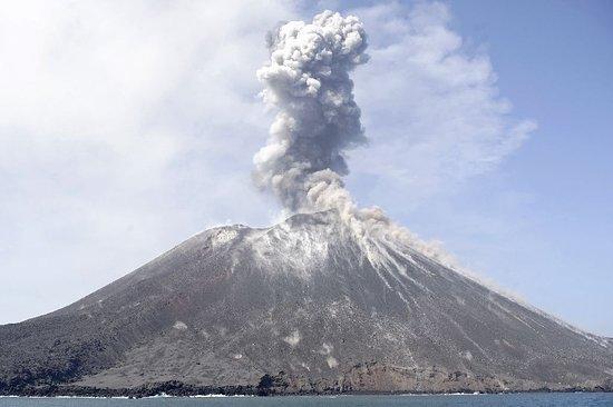 Krakatoa Tour Indonesia