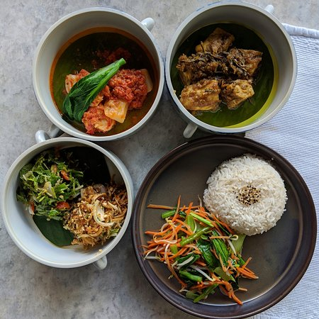 Mandalay Restaurant (Belmond Governor's Residence).