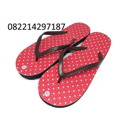 Bandung, Indonézia: peluang usaha membuat sandal jepit |0822-1429-7187| usaha sandal jepit rumahan