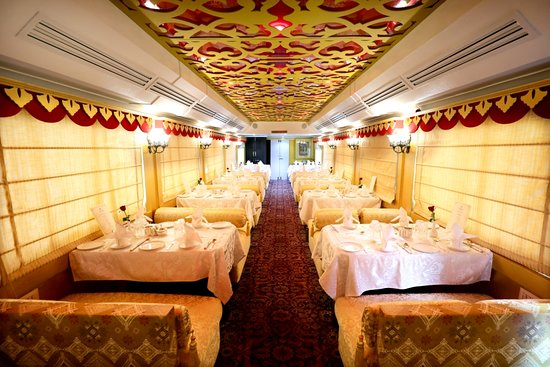 New Delhi, India: Maharani Restaurant of Palace on Wheels