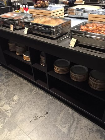 Breakfast Buffet: Variety of bacon, sausages, and  even baked beans!