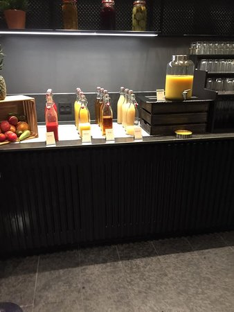 Breakfast Buffet:  So many juices and they were in milk bottles!  How cute is that?