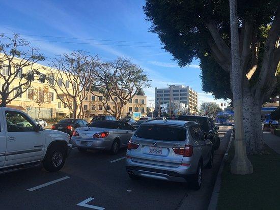 San Vicente Boulevard
