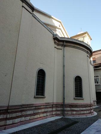 Balıklı Meryem Ana Rum Ortodoks Manastırı