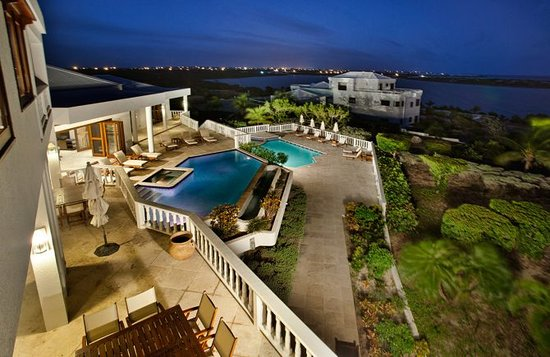Sheriva Villa Hotel