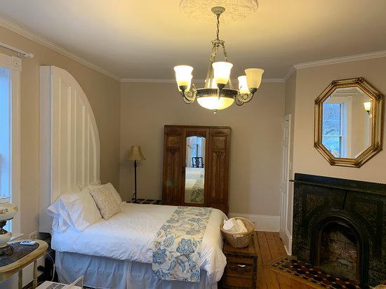 1-2 of the double room