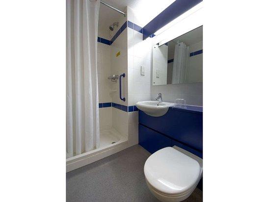 Blue Shower x