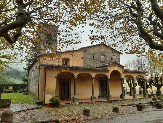 Pieve di San Matteo a San Mommè