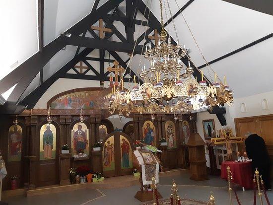 Église orthodoxe serbe de la Bienheureuse-Mère-Parasceve