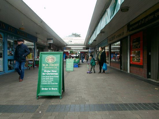 Chorlton Cross Shopping Centre
