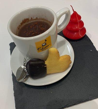 Cioccolata calda e biscotto frolla, like it