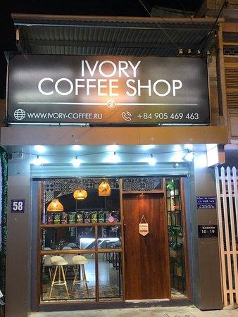 Отличное кафе с отличным дизайном.