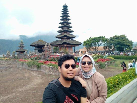 Tabanan, Indonesia: Baguss... Suasana adem.. hanya saja agak jauh dari Kota