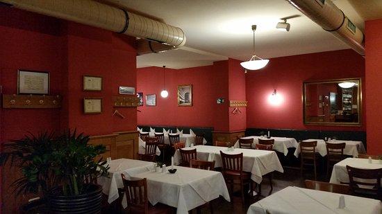 Lichtburg Restaurant: Decor