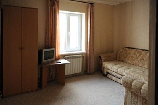 Одна из комнат 2-х комнатного номера на 1 этаже
