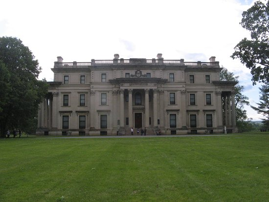 Grand house in extensive grounds