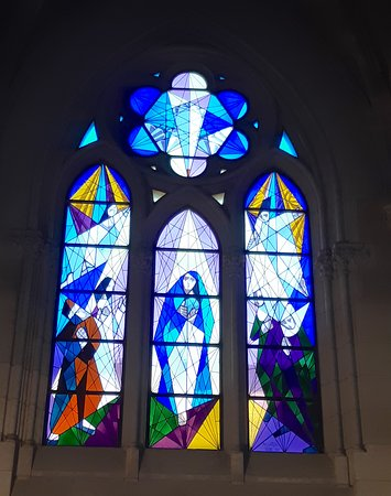 """A """"modern"""" stained glass window"""
