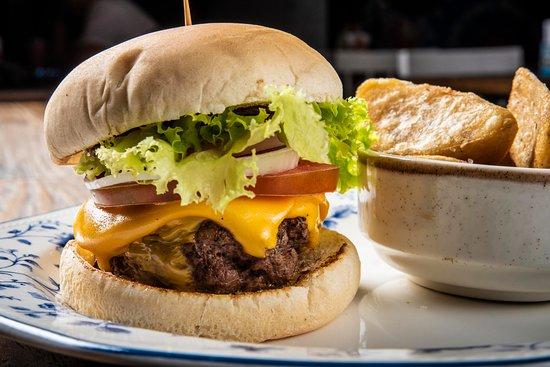 Nuestra cheeseburger