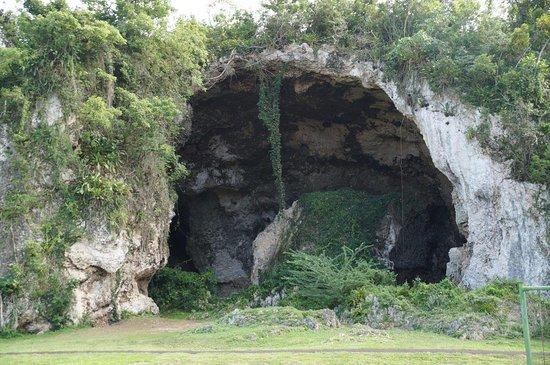 Lascia che ti mostri la MIA isola! (con visita a El Yunque): The cavern