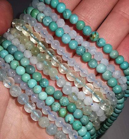 #walflosse #aquaaura #engelrufer #engelsrufer #rosa #aqzamarin #samakioriginals #samakishop #healingcrystals #gems #gemstones #healingstones