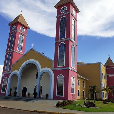 Chapadao do Ceu, GO: Igreja Nossa Senhora do Céu... Linda demais!