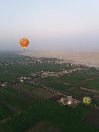 Foto One package Luxor Hot Air Balloon with Luxor Full Day Tour