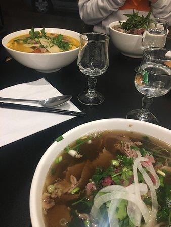 Pho tai chin, bun mang vit, bun bo Hue