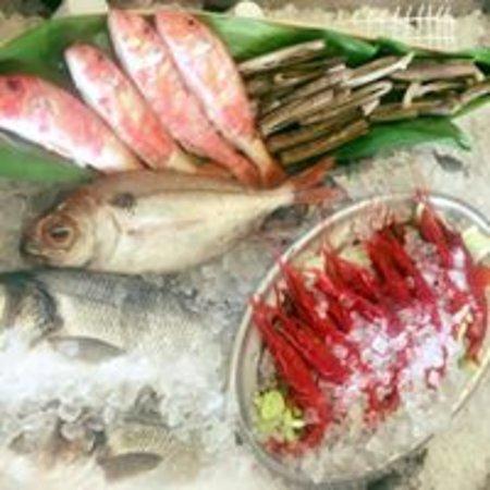 Vitrina pescados del día