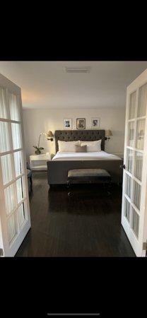 Bedroom in dylan cottage