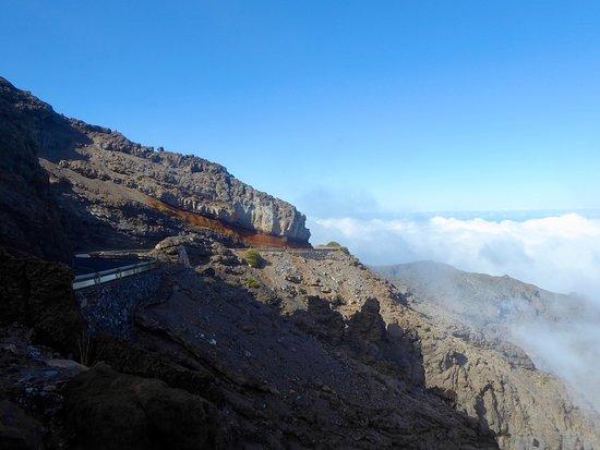 The road to Roque de Los Muchachos