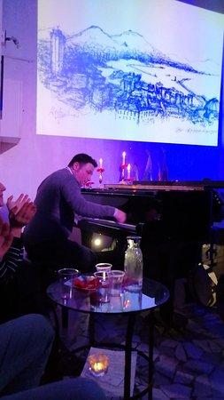 il bravissimo pianista