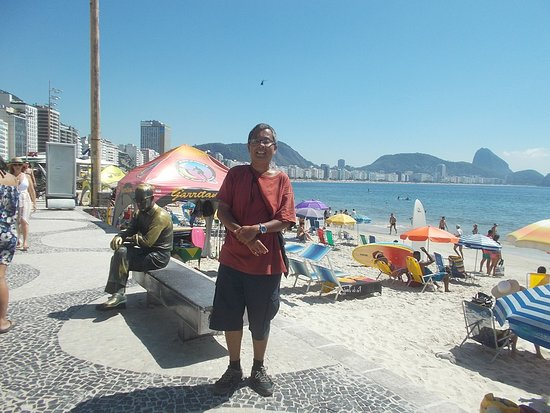"""Near the """"south end"""" of the Beach (while approaching Forte de Copacabana)"""