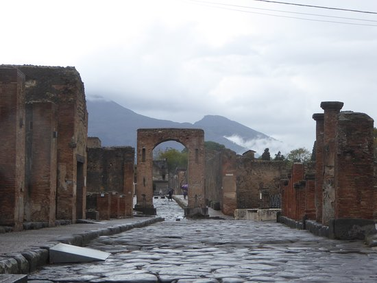 Amalfi Coast private tour from Naples Hotel or Port with English speaking driver: Another view of Pompeii