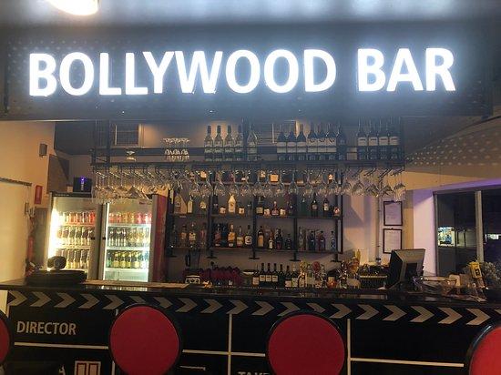 Bollyoowd bar
