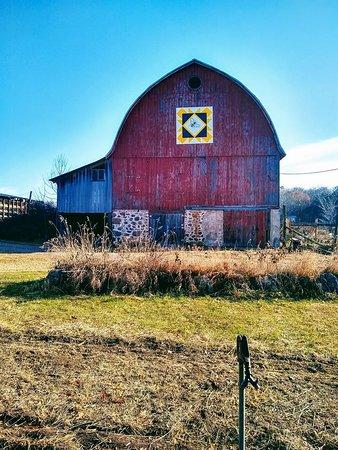 John and Lorraine's Hobby Honey Farm